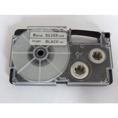 Casio XR-9SR1 utángyártott feliratozószalag kazetta ezüst alapon fekete nyomtatás 9 mm * 8m
